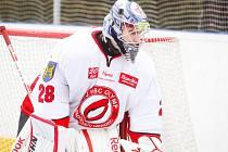 Brankář Olympu Filip Janák předvedl proti kladenským hokejbalistům výborný výkon.