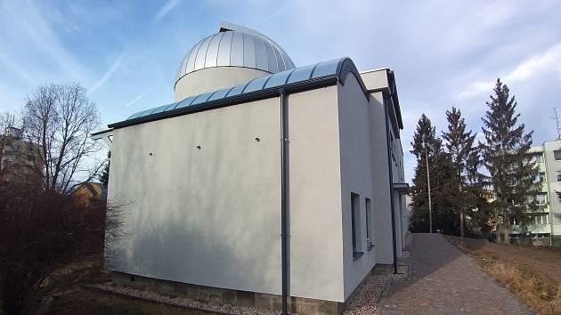 Návštěva jindřichohradecké hvězdárny před dokončením její rekonstrukce.