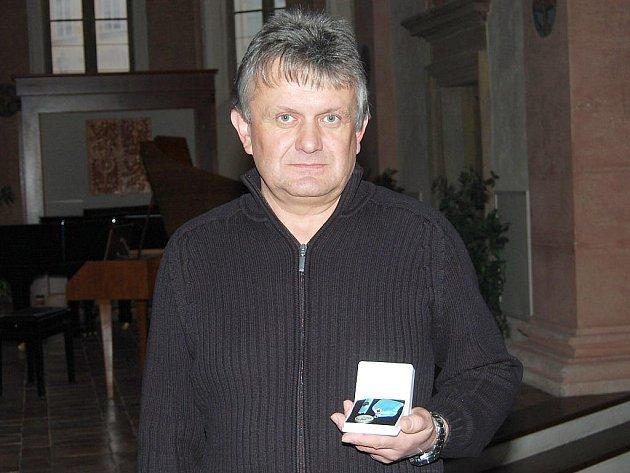 Stříbrnou Janského plaketu za odběry krve dostal i Petr Kružík.