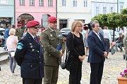 Vzpomínky na bitvu u Zborova a legionáře Jiřího Procházku se účastnili i členové 44. lehkého motorizovaného praporu.