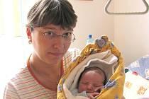 Adam Kovář ze Zahrádek se narodil 30. května 2011 Aleně Paulusové a Richardu Kovářovi. Měřil 50 centimetrů a vážil 3800 gramů.