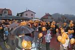 Vypouštění balónků Ježíškovi v Dačicích.