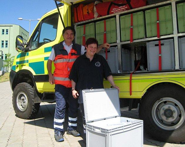 Jindřichohradecká záchranka dostala nový terénní nákladní automobil pro zásahy při mimořádných událostech.