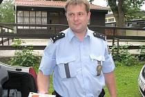 Policisté v Třeboni kontrolovali v kempech, jak se dodržuje zákaz podávání alkoholu mladistvým.
