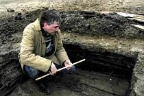 Archeolog Muzea Jindřichohradecka Vladislav Burian.