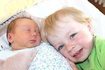 Martina Kubínová se narodila 26. května Aleně a Miloslavu Kubínovým z Jilmu. Měřila 50 centimetrů a vážila 3610 gramů. Radost z ní má i sestřička Eliška.