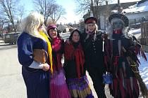Hodně veselo bylo při masopustním průvodu v Klenově . Masky zavítaly i do Plasné a Pohoří.