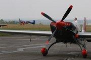 Na letišti jindřichohradeckého aeroklubu se koná ME v letecké akrobacii.