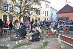 PEKLO V HRADCI. Pekelně zábavné odpoledne prožili ti, kdo v Jindřichově Hradci zavítali na Dobrovského náměstí.