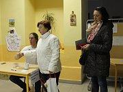 Volební okrsek v Kardašově Řečici patří s 1550 voliči k největším.