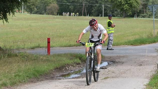 V Malíkově nad Nežárkou závodili cyklisté.