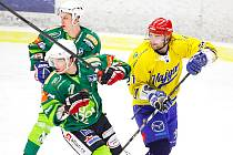 Hokejisté Vajgaru doma porazili Trutnov 4:2.