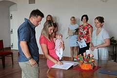 Vítání občánků se uskutečnilo v refektáři muzea 1. června.