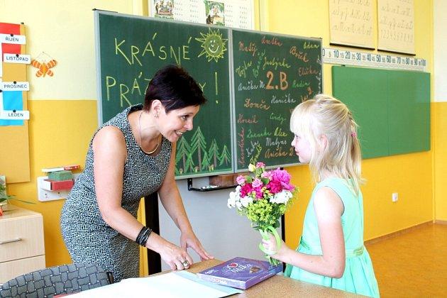 Poslední školní den druháků v 5. základní škole v Jindřichově Hradci.