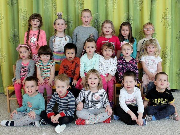 """3. mateřská škola """"UMerkuru"""" na sídlišti Vajgar vJindřichově Hradci – třída Berušky."""