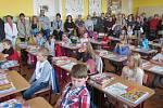 První školní den v základní škole v Lomnici nad Lužnicí.