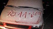 V neděli večer začalo sněžit. Hospříz.