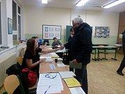 V 5. základní škole v Jindřichově Hradci je o volby velký zájem.