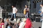 Festival Okolo Třeboně již tradičně zahájil prázdniny, v sobotu se na zámeckém nádvoří představila zpěvačka Jana Rychterová, kapela Epydemye a Xindl X.