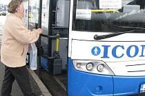 Autobusové nádraží v Jindřichově Hradci.