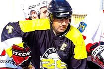 Kapitán suchdolských hokejbalistů Martin Lakatoš.