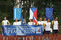 V Suchdole nad Lužnicí přivítali Mírový běh žáci tamní školy.