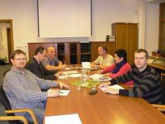 Podepsáno. V Dačicích se na koalici dohodli zástupci KDU-ČSL, ANO 2011 a ODS.