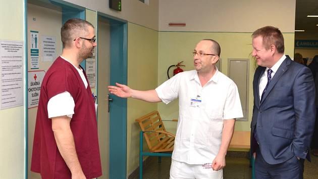 Ministr zdravotnictví Svatopluk Němeček navštívil jindřichohradeckou nemocnici a třeboňské lázně.