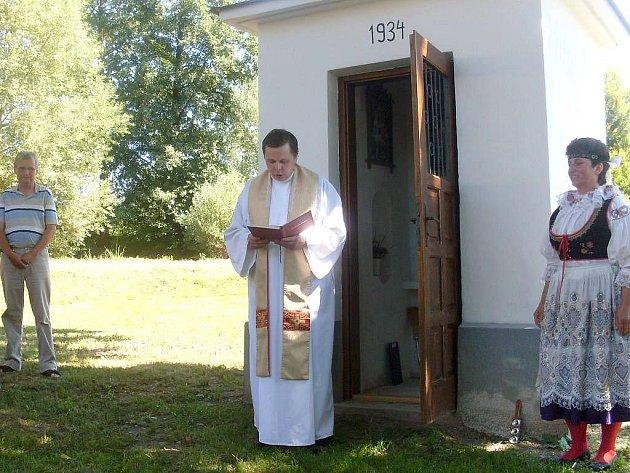 Svěcení kapličky v Nekrasíně.