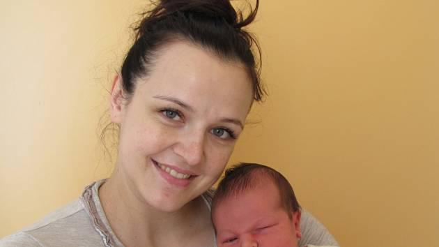 Kryštof Vajo se narodil 15. března v 17 hodin a 42 minut Denise a Ondřejovi Vajovým z Třeboně. Vážil 4530 gramů a měřil 52 centimetrů.