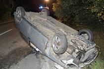 V havarovaném autě u Třeboně našel řidič smrt.