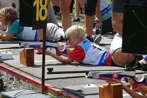 letní biatlonisté ze Starého Města startovali na mistrovství Slovenska a v prestižním Viessmannově poháru. Do České Kanady si přivezli 19 medailí.