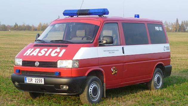 Hasičům z Cepu někdo ukradl VW Transporter. Ilustrační foto.