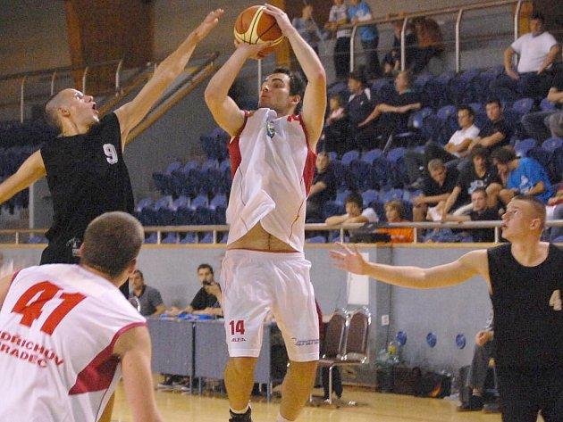 Momentka ze zápasu Lions J. Hradec - Opava B (116:107).
