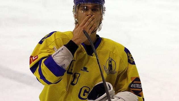 Ruský útočník Alexej Zykin střelecky ožil v utkání v Mělníku, kde dvěma góly nasměroval jindřichohradecké hokejisty k důležitému vítězství 5:3.