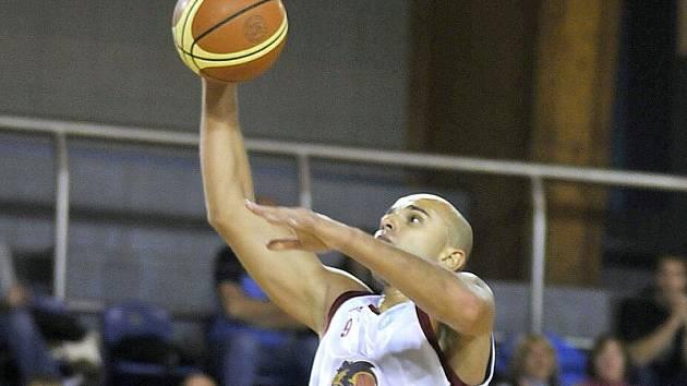 Pivot Michal Norwa.