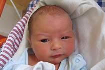 Šimon Kreuzer se narodil 13. října Haně Maxové a Davidu Kreuzerovi z Majdaleny. Měřil 45 centimetrů a vážil 2970 gramů.