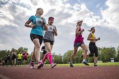 Nejrychlejší ze závodníků přihlášených do 22. Jindřichohradecké hodinovky zvládl za šedesát minut uběhnout 16,6 kilometrů.