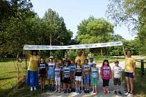 Děti z lodhéřovské základní školy se připojily k olympijskému běhu.