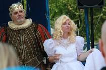 Divadelní festival, venkovní scéna