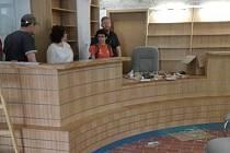 Turistické informační centrum v Třeboni se stěhuje do nově opravených prostor ve foyer kina.