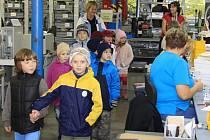 Dny otevřených dveří v suchdolském závodě Eaton se těšily velkému zájmu veřejnosti. Pro děti byl kromě komentované prohlídky připraven i bohatý doprovodný program.