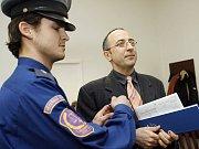 Kolik obětí ještě najdou policisté na Orlíku?