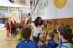Děti ze Základní školy Na Sadech v Třeboni si společně zatrénovaly s účastníky olympijských her.