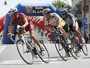 V loňském roce startovalo jindřichohradecké cyklistické kritérium z důvodu rekonstrukce Masarykova náměstí v Nádražní ulici, letos se opět start a cíl vrací do Klášterské ulice.