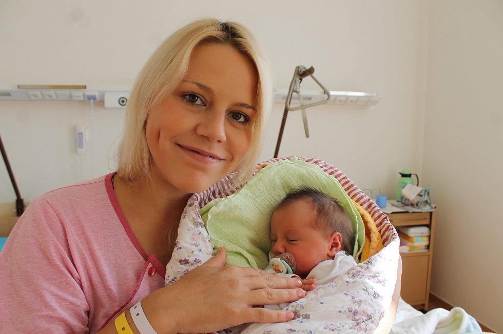 Eliška Nadlická se narodila 31. srpna Lucii Vojtkové a Petru Nadlickému z Kardašovy Řečice. Vážila 3300 gramů.