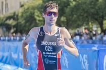 V kategorii dospělých bylo vyhlášeno pět nejlepších sportovců. Vítězem se stal triatlonista František Linduška