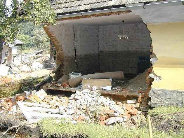 Povodně 2002 na Jindřichohradecku.  Majdalena.