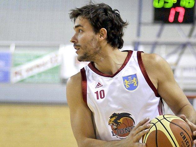 Křídelní hráč Lukáš Kraus je novou posilou basketbalistů Lions.