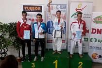 Vít Masař vybojoval v Plzni zlatou medaili v kata juniorů.